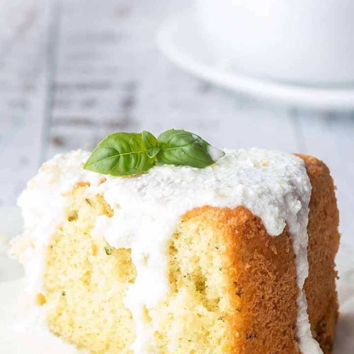 Easy Keto Lemon Cake Recipe