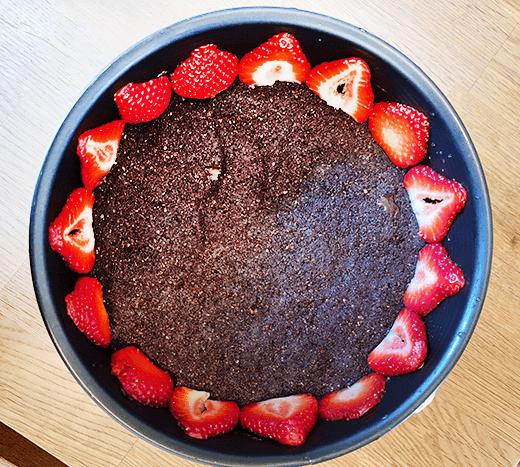 No Bake Chocolate Strawberry Cheesecake recipe details.